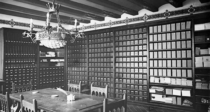 Antic emplaçament de l'Arxiu Fotogràfic a l'actual sala de juntes